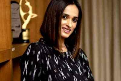 Archana Kalpathi, Archana Kalpathi returns to income tax office, அர்ச்சனா கல்பாத்தி, ஏஜிஎஸ், வருமானவரித்துறை, ags entertainments, ags, bigil producer, cinema financier anubuchezhiyan