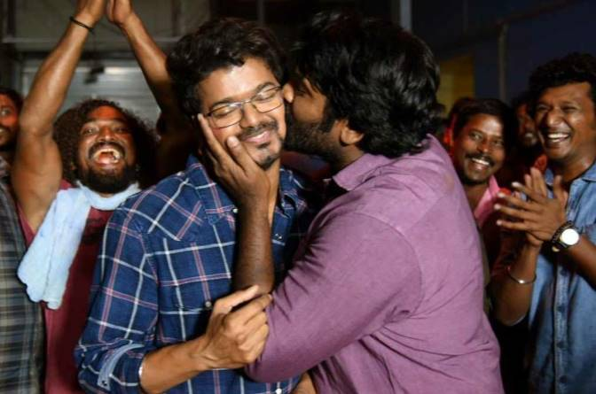 master update vijay sethupathy kissed vijay