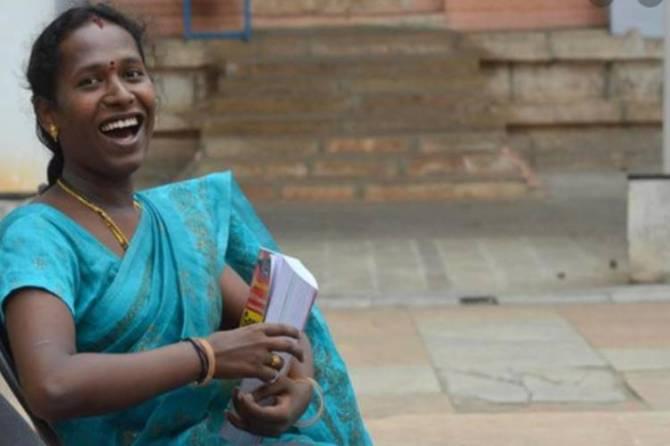 First Transgender swapna Passed Civil Service Exam Asst Commissioner for Commercial Tax Dept 171134 - குரூப்-1 தேர்வில் வென்ற முதல் திருநங்கை மதுரை ஸ்வப்னா - உதவி ஆணையராக நியமனம்