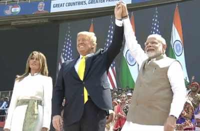 இந்தியா-அமெரிக்கா ரூ.21,000 கோடிக்கு பாதுகாப்பு ஒப்பந்தம்: 'நமஸ்தே டிரம்ப்' நிகழ்ச்சியில் அறிவிப்பு