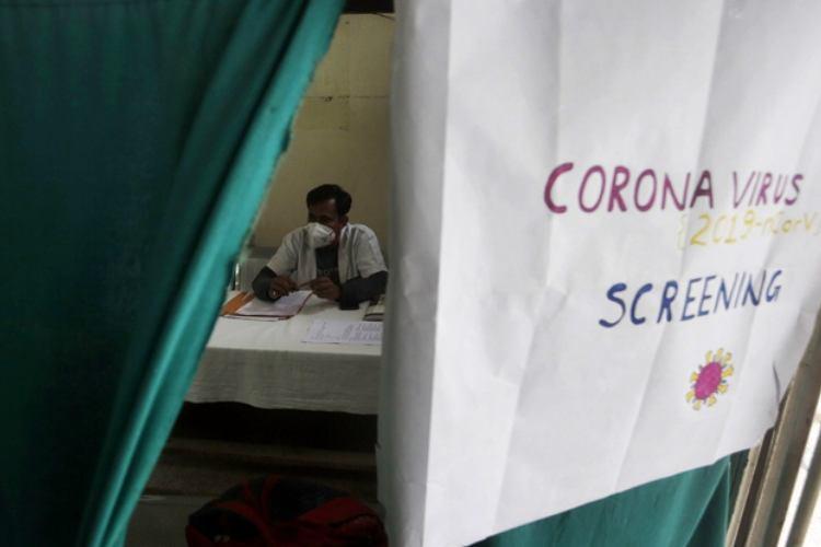 covid-19, coronavirus, gulf countries, coronavirus india, கொரோனா வைரஸ், இந்தியா, வளைகுடா நாடுகள், குவைத், india coronavirus, வளைகுடா நாடுகள் எல்லைகளை மூடக்கூடாது, India-Gulf region, 2nd largest migration corridor, indians in gulf coronavirus, Tamil indian express news