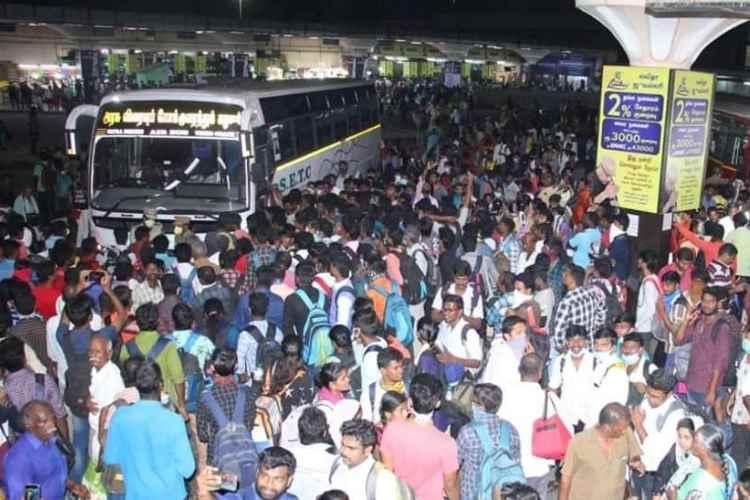 Koyambedu Crowd