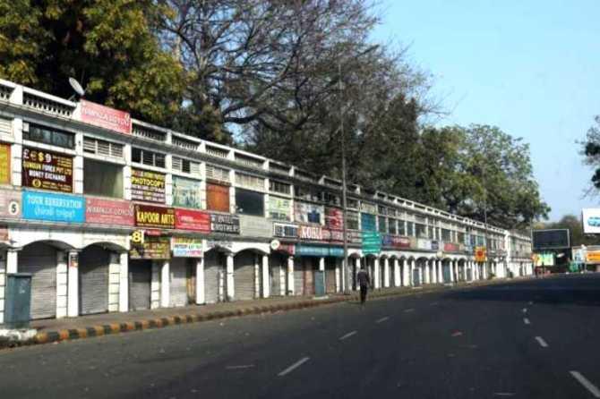 Delhi orders lockdown, Uttarakhand orders lockdown, டெல்லி, உத்தரக்காண்ட், முடக்க உத்தரவு, கொரோனா வைரஸ், strict social distancing, isolation, coronavirus, covid-19, janatha curfew