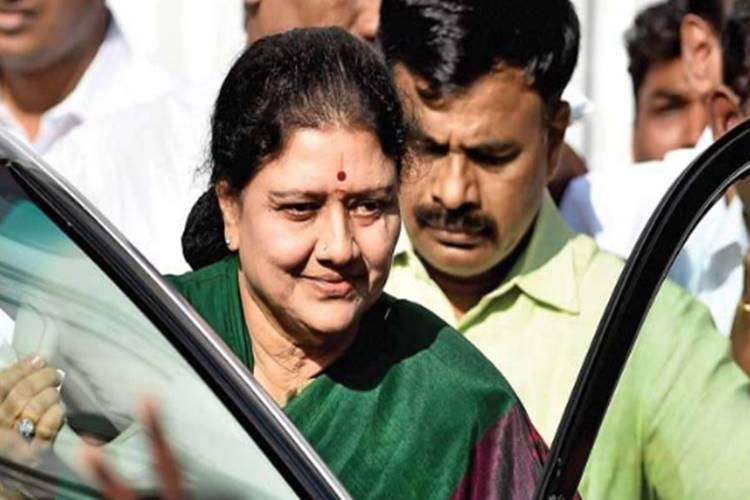 sasikala family boycott dhivakaran son Jeyanandh Dhivaharan marraige