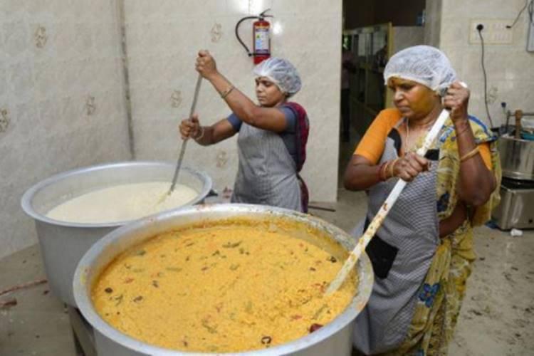 amma unavagam provide food for people india lock down covid 19