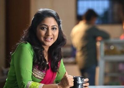 Actress Rohini Molleti IE Tamil FB live exclusive