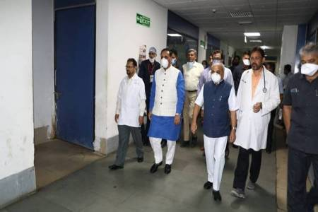 Gujarat Congress MLA tests Covid 19 positive, met CM Rupani