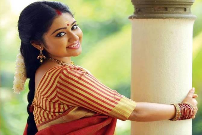 Vijay TV Meghna Vincent, Ponmagal vandhal