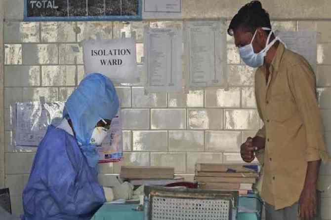 corona virus, coronavirus, ahmedabad hospital separate ward, கொரோனா வைரஸ், குஜராத், அஹமதாபாத் மருத்துவமனை, தனி வார்டு, gujarat coronavirus cases, ahmedabad hospital coronavius wards, separate ward, coronavirus latest news, india covid-19 coronavirus latest news update, latest coronavirus news