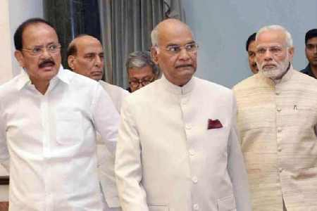 president salary cut, vice president salary, president salary, coronavirus latest news, எம்.பி.க்கள் சம்பளம் குறைப்பு, எம்.பி.க்கள் படிகள் 30% குறைப்பு, குடியரசுத் தலைவர், துணை குடியரசுத் தலைவர், பிரதமர், mps salaries reduced by 30% for 1 year, all mps salaries allowances reduced by 30%, coronavirus cricis, pm modi, union minister prakash jawadekar, covid-19, coronavirus cricis in india, lock down india