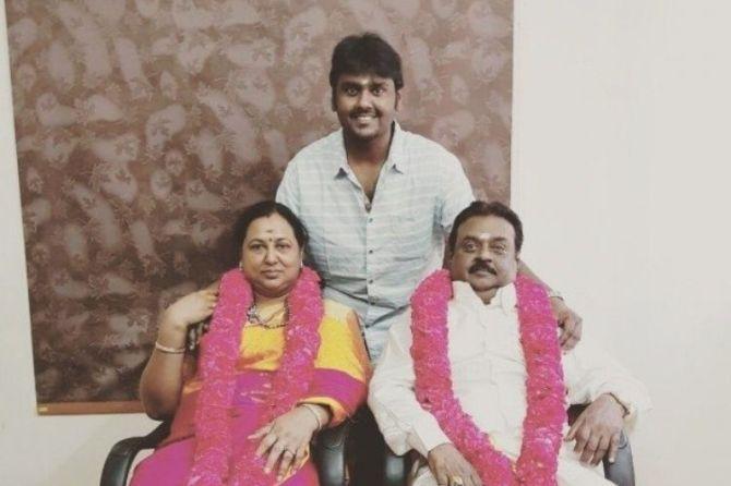 Vijayakanth Wedding Anniversary (1)