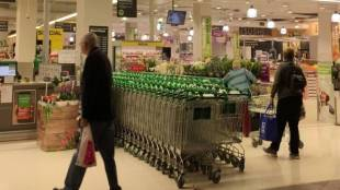 Furloughed staff could work at supermarkets says cricket australia chief