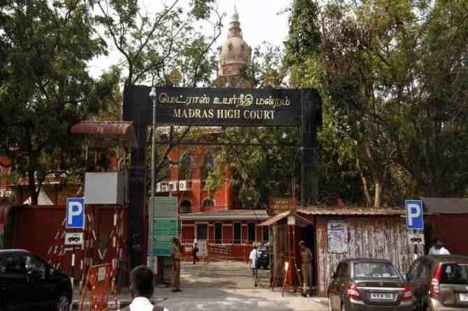 chennai high court, madras high court, dmk, corona virus, volunteers, self help groups, political parties, help, dmk, case,news in tamil, tamil news, news tamil, todays news in tamil, today tamil news, today news in tamil, today news tamil