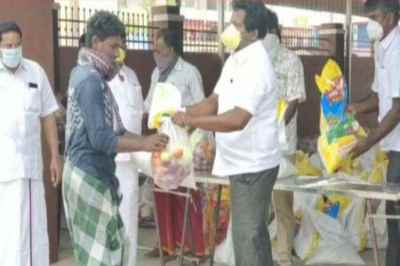 கொரோனா நிவாரணம் நேரடியாக வழங்க தடை: கட்சிகள், அமைப்புகள் கண்டனம்