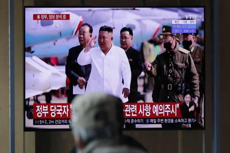 kim jong un, North Korea, south korea on kim jong un, kim jong un resort, Kim jong un dead, kim jong un alive, where is kim jong un, kim jong un north korea, kim jong un critical