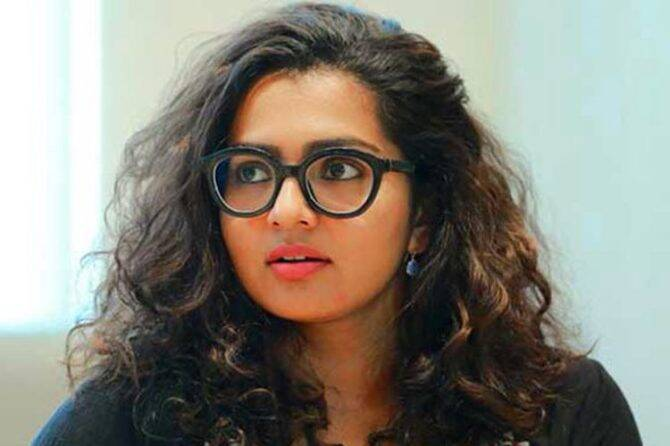 Parvathy Thiruvothu Makes her directorial debut