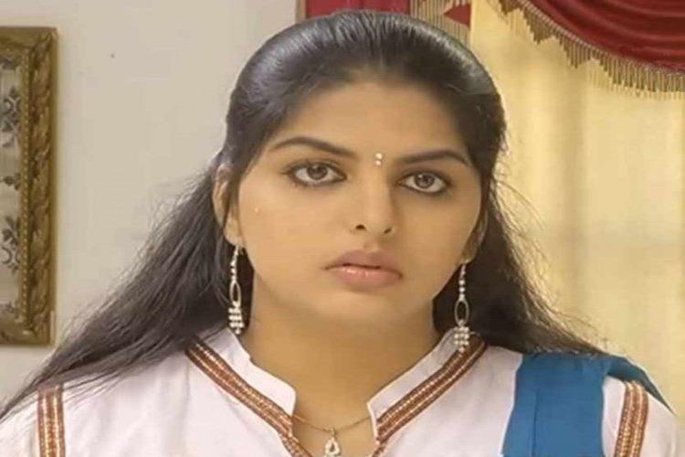 Sun TV Kolangal Serial Arthi, Sri Vidhya