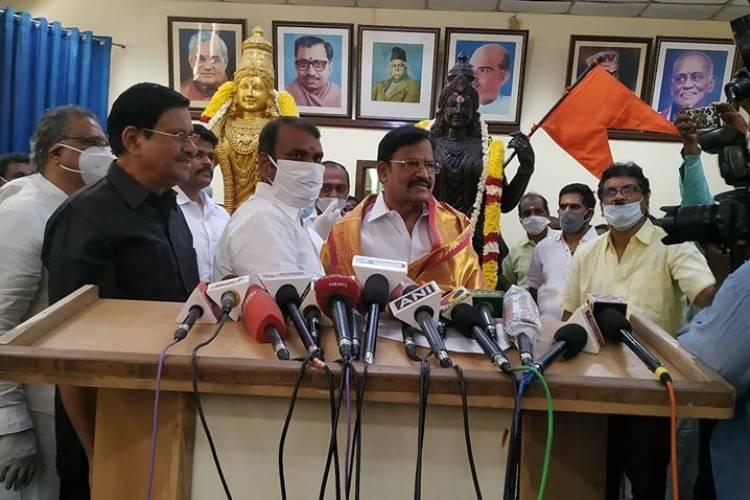 VP Duraisamy joins BJP press meet