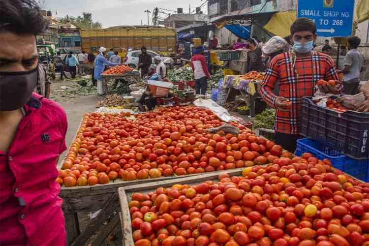 corona virus, lockdown, corona hotspot, chennai,, koyembdu market, thirumalisai, chennai, corporation, vegetable, pricehike, horticulture, outlets, news in tamil, tamil news, news tamil, todays news in tamil, today tamil news, today news in tamil, today news tamil