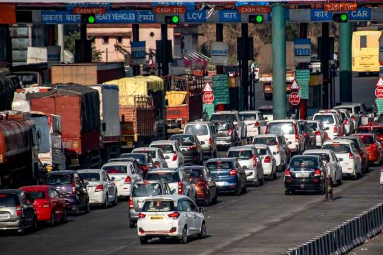 FASTag, tollgate, journey, FASTag new rules, double payment, alert, SBI, State bank of india, FASTag news, FASTag news in tamil, FASTag latest news, FASTag latest news in tamil