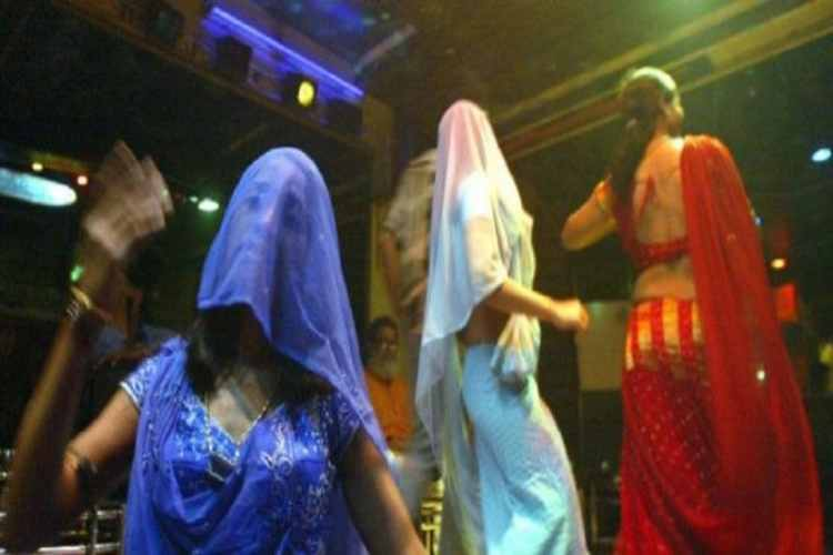 coronavirus, lockdown, women, bar dancers, dubai, chennai, human trafficking, sex exploit, national women council, external ministry, karnataka, news in tamil, tamil news, news tamil, todays news in tamil, today tamil news, today news in tamil, today news tamil,