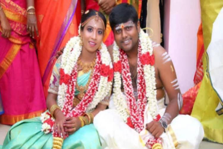 Kumki Ashwin married his girl friend vidhyasree
