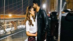 Nayanthara Vignesh Shivan Kiss Photo