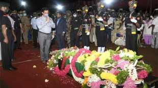 indian army, paksitan, firing, salem, edappadi, mathiyazhagan, dead, funeral, ceasefire violation, military honours, news in tamil, tamil news, news tamil, todays news in tamil, today tamil news, today news in tamil, today news tamil