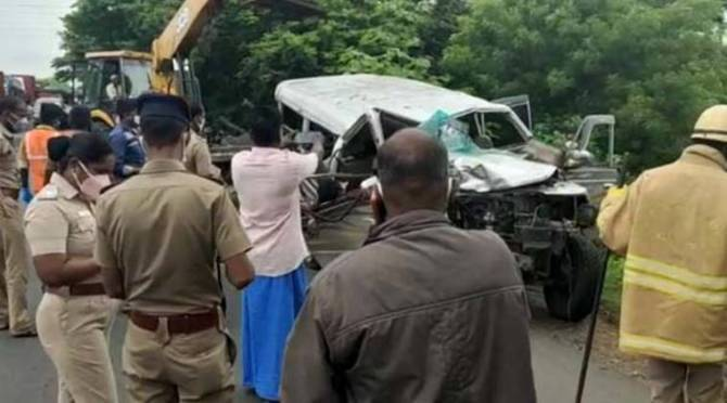 Tindivanam Tata Sumo Car Accident