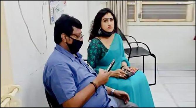 Vanitha Vijayakumar appears for enquiry at Vadapalani Police Station