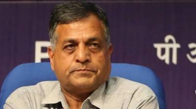 Ashok Lavasa resigns, Ashok Lavasa resigns news, தேர்தல் ஆணையர் அசோக் லவாசா ராஜினாமா, Ashok Lavasa resigns as election commissioner, election commissioner ashok lavasa resigns, election commissioner resigns, Who is Ashok Lavasa, தேர்தல் ஆணையம், அசோக் லவாசா, ஆசிய வளர்ச்சி வங்கி, India news, Indian express