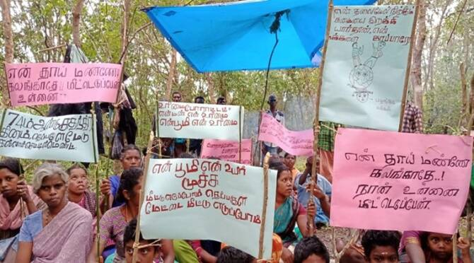 Kadar tribes staged protest inside forest on Independence day to get their tribal settlement