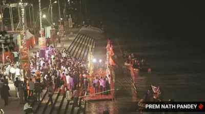 Ayodhya, Ram temple. Iqbal ansari, PM Modi, Gayathri devi. ayodhya ram temple, ayodhya temple bhumi pujan, ayodhya temple bhumi pujan news, ayodhya news, indian express