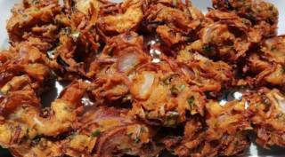 onion pakoda recipe onion pakoda recipe in tamil