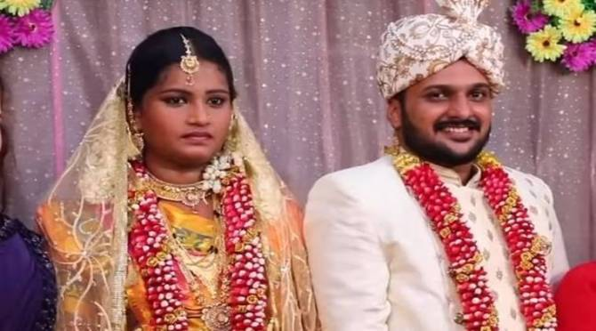 Cooku with comali Sai Sakthi gets married