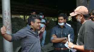 actor Ashwin kakumanu, Ashwin kakumanu shares throwback photo, அஸ்வின் ககுமனு, அஜித், மங்காத்தா, Ashwin kakumanu with ajith while mangaththa movie shooting, Ashwin kakumanu throwback photo goes viral