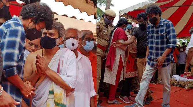 Thalapathy Vijay Paid his last respect to SP Balasubrahmanyam