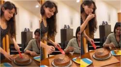 actress andrea, actress aishwarya rajessh, andrea aishwarya rajessh cuts cake, ஆண்ட்ரியா, ஐஸ்வர்யா ராஜேஷ், வைரல் வீடியோ, ஆண்ட்ரியா ஐஸ்வர்யா ராஜேஷ் கேக் வெட்டிய வீடியோ, andrea aishwarya rajessh celebration, andrea aishwarya rajessh celebration video, viral video, vada chennai