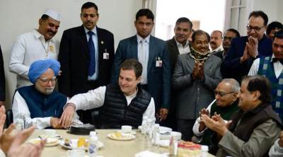 Former Prime Minister Manmohan Singh 88 Birthday Rahul Gandhi took twitter to wish him