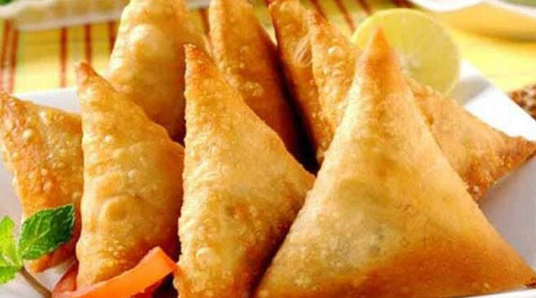 onion samosa recipe onion samosa recipe in tamil