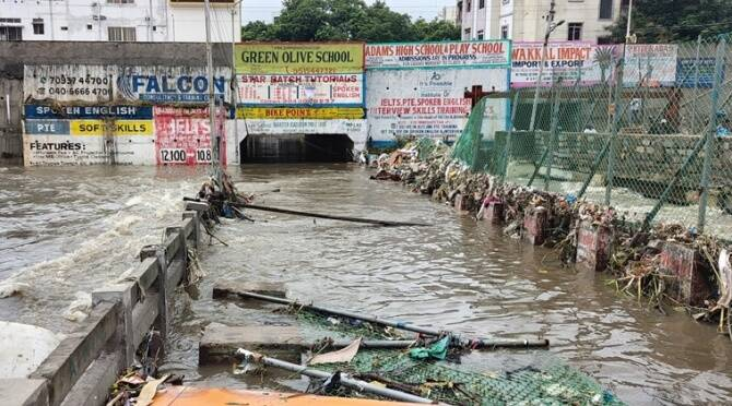 Today weather report IMD Eight killed as heavy rains lash Hyderabad