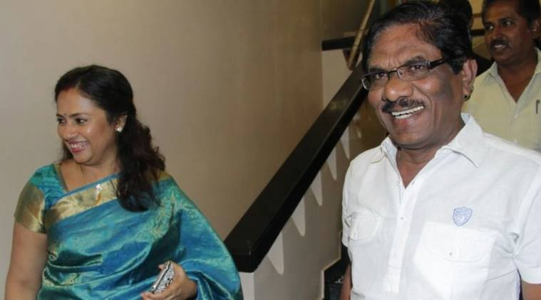 Irandam Kuththu Teaser Lakshmi Ramakrishnan, Bharathiraja, Santhosh Jayakumar