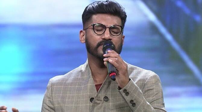 Singer Vijay Yesudas to quit singing in Malayalam movies