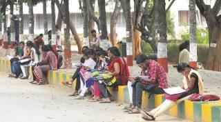 UGC against arrear exam cancellation in tamilnadu latest news