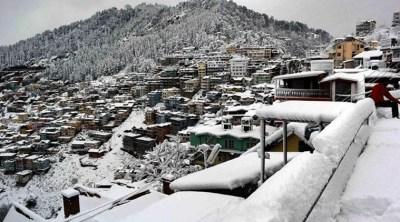Snowfall drapes Himachal Pradesh's Keylong in white blanket