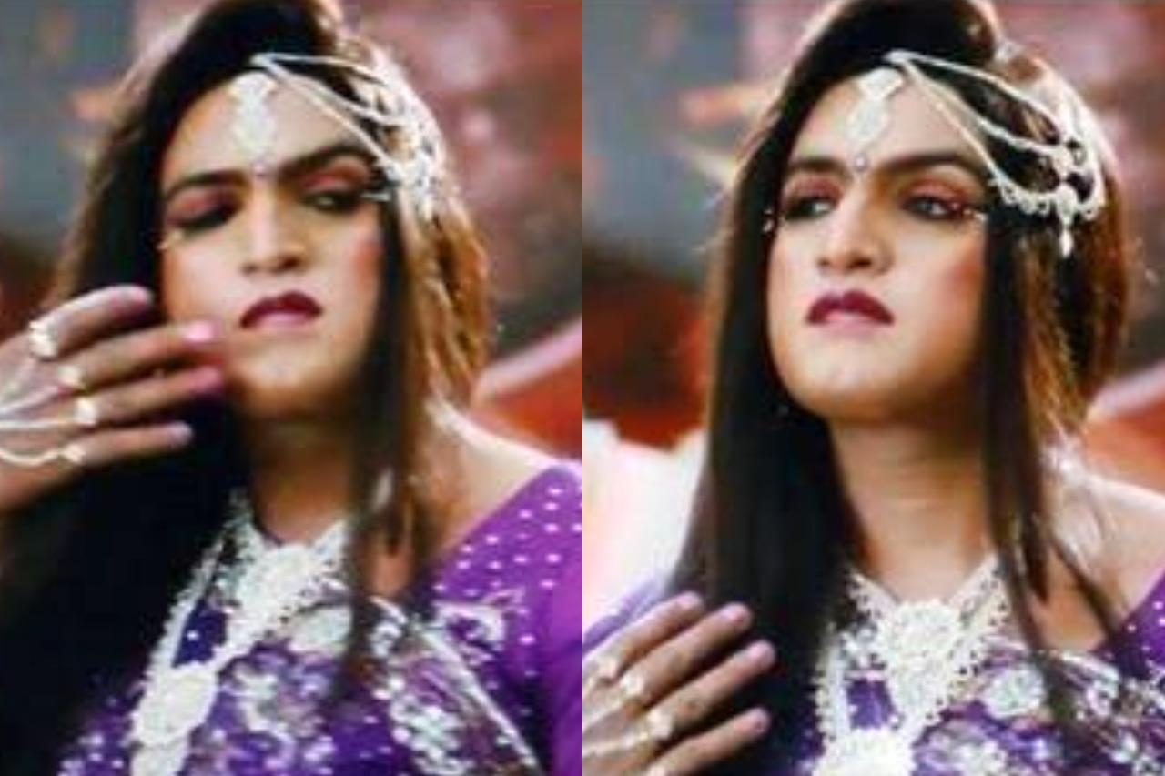 Tamil actors in Lady Getup - Santhanam