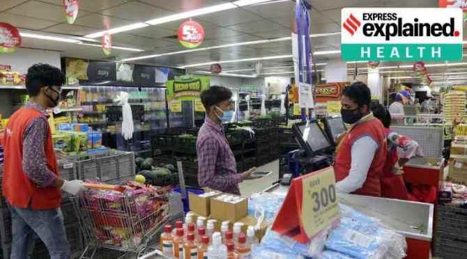 covid risk, coronavirus risk, coronavirus risk among grocery store employees, grocery store employee covid risk, கொரொனா ஆபத்து, மளிகைக் கடை ஊழியர்களுக்கு அதிக கொரோனா ஆபத்து, கோவிட், கோவிட்-19, புதிய ஆய்வு, grocery store employees high covid risk, covid-19 risk, tamil indian express