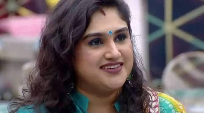 Vanitha Vijayakumar controversy news hairstyle viral photo instagram tamil news