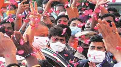 GHMC polls, Hyderabad polls, Hydeabad civic polls, yogi adityanath, யோகி ஆதித்யநாத், அமித்ஷா, ஐதராபாத், ஹைதராபாத், பாக்யநகர், பாஜக, ஐதராபாத் மாநகராட்சி தேர்தல், amit shah, hyderabad municipal polls, municipal elections, tamil indian express