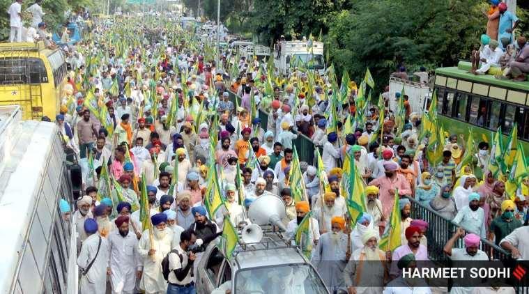 delhi farmers protest, Farm unions assert, Ready to protest through PM's entire term, டெல்லி விவசாயிகள் போராட்டம், வேளாண் சட்டத்துக்கு எதிராக விவசாயிகள் போராட்டம், பிரதமர் ஆட்சிக் காலம் முழுவதும் போராட தயார், Farm unions protest, new farm laws, farmers protest, Narendra Modi, Chandigarh news, Tamil Indian express news